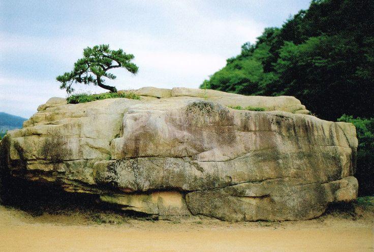 祈りの岩©摂理