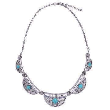 Seja uma mulher moderna, mas do vintage com este pedaço embelezado colar de turquesas. Basta combinar sua qualquer parte superior e inferior para mostrar qualquer estilo diferente. Apreciá-lo