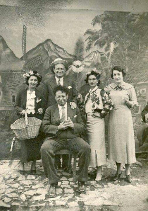 Frida Kahlo-second from right, Diego Rivera, and Cristina Kahlo- left.