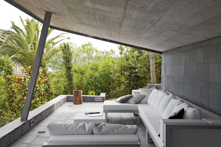 Casa Constanza by MDBA
