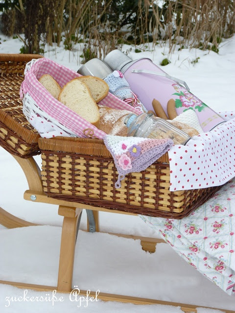 Optima Gordon 4 Person Tea Picnic Basket : Images about pink picnic on water