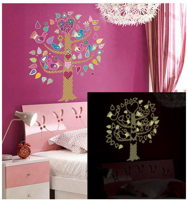 Karanlıkta Parlayan Ağaç Çocuk Odası Dekorasyonu PVC Duvar Sticker