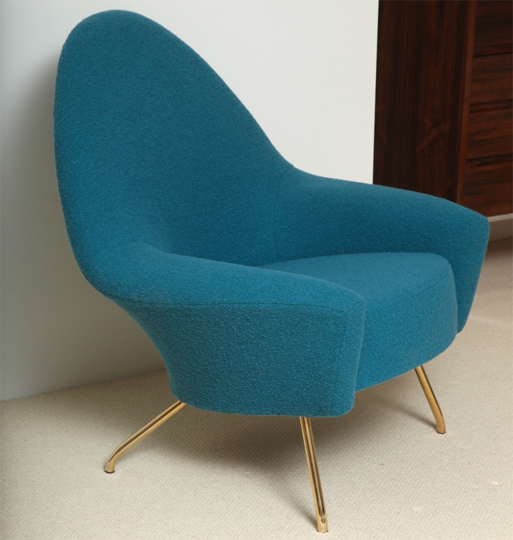 Accent color for the kitchen, maybe the color of the built in breakfast nook cushions. Joseph André Motte; #770 c1958.