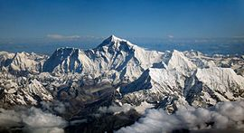 Monte Everest, entre a China (Tibete) e o Nepal