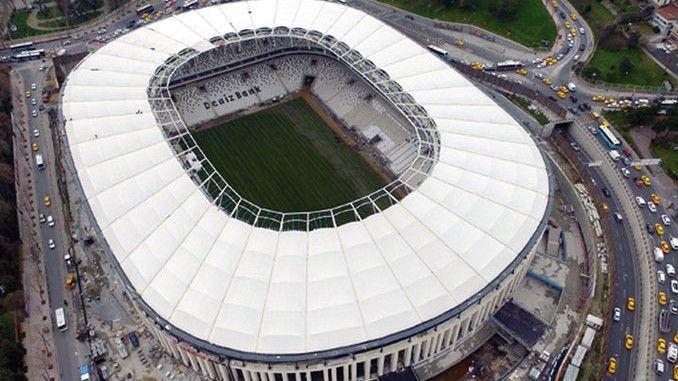 Vodafone Arena açılış maçı biletleri karaborsada 4 bin lirayı aştı - İnternet üzerinden 'karaborsa' adı ile kurulan birçok site, Vodafone Arena'nın açılış maçı olan Beşiktaş-Bursaspor biletlerini satmaya başladı. Fiyatlar 4 bin 225 liraya kadar çıktı