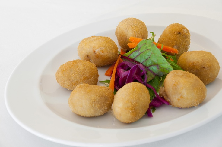 Croquetas de pollo caseras. (#Mallorca, Balearic Islands, #Spain). Enjoy the typical Majorcan cuisine in our hotel-restaurant, a typical Catalonian country house, at the foot of the Puig de Randa.    http://www.esrecoderanda.com/