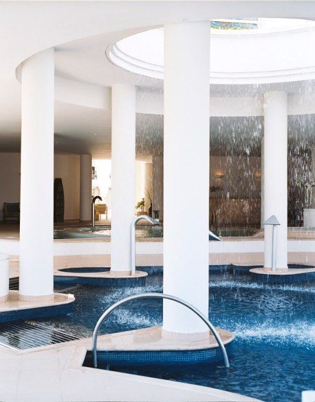 TOP 20 MEXICO AND CENTRAL AMERICA  # 13.  EXCELLENCE RIVIERA CANCUN    Overall Score: 95.0  Treatments: 95.0  Staff: 95.0  Facilities: 95.0    Treatment Rooms: 11  Basic Massage: $110