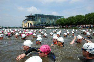 Demander le programme ! Triathlon d'EnghienProgramme Triathlon Distance XS   Tri-Relais   Duathlon avenir 7h00 à 8h45 : retrait des dossards 7h45 à 8h45 : mise en place des vélos dans le parc 08h45 : briefing 09h00 : DEPART Tri Découverte   Tri Relais...