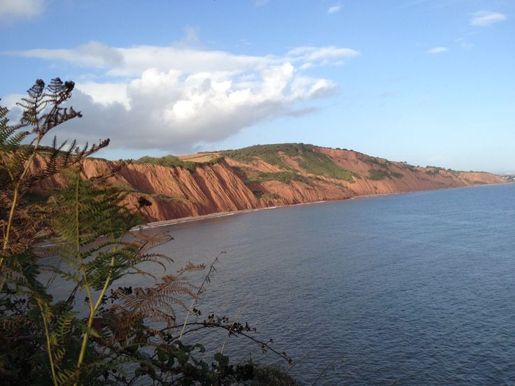 Walk the Jurassic Coast #devontop100 #jurassiccoast #eastdevon #devon #swcoastalpath #walking #walk