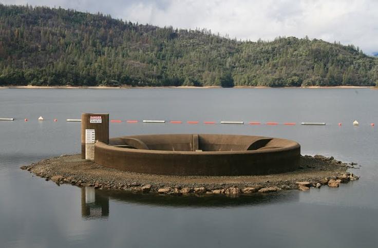 Glory hole dedicated by jfk whiskeytown lake ca for Whiskeytown lake fishing
