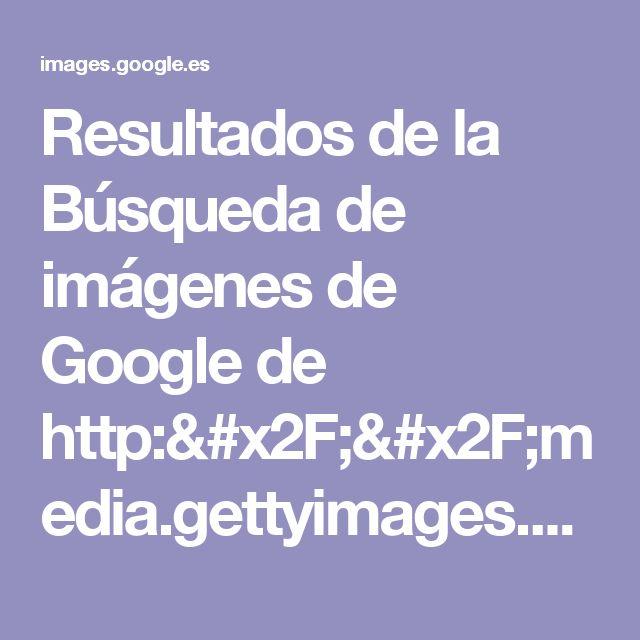 Resultados de la Búsqueda de imágenes de Google de http://media.gettyimages.com/photos/pair-of-mens-brown-leather-platform-shoes-picture-id78906737?s=612x612