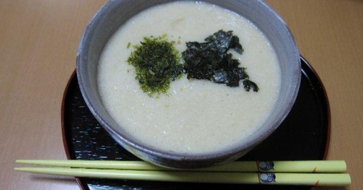 白だしを使って手軽に長芋とろろ汁を作ってみました。