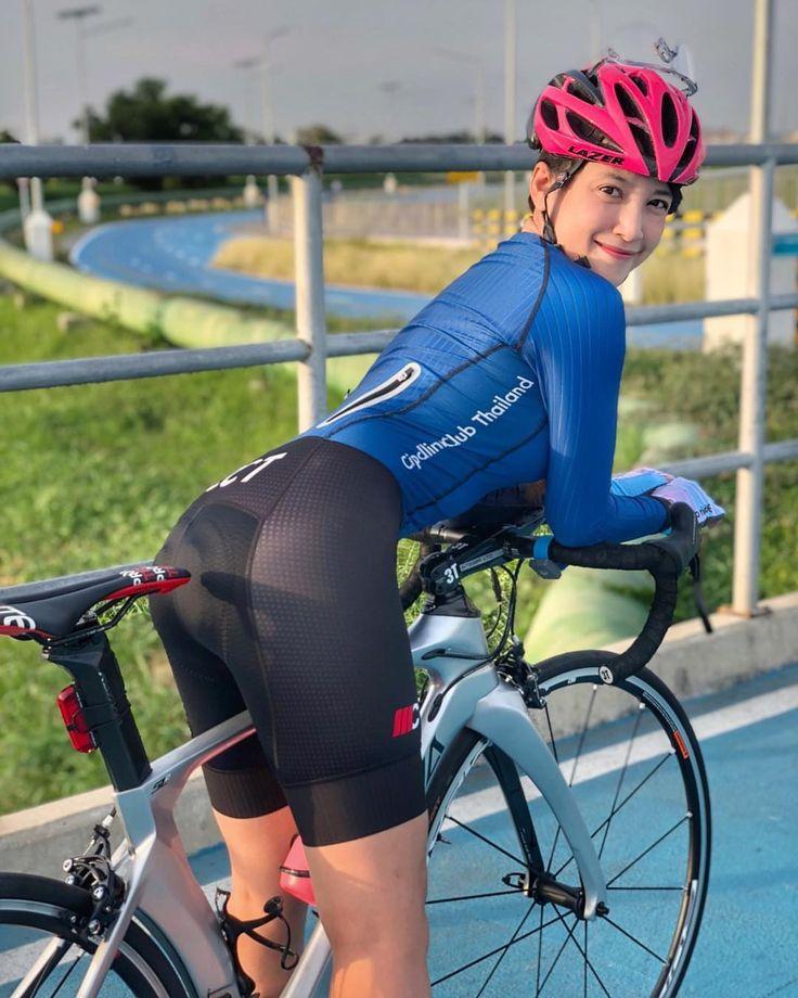 women in bike shorts sex