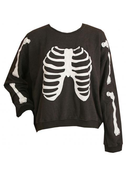 Omg<333. That sweatshirt tho!