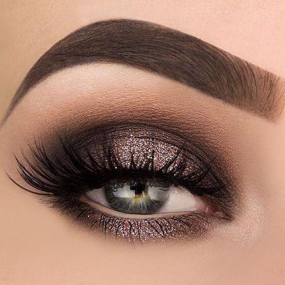Hint of subtle glitter eye makeup exotic looks #eyeshadow #makeup #exoticmakeup