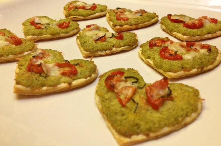 Pesto Chicken Tart Hearts | Rockin' Good Food by Little Ol' Me | Pint...