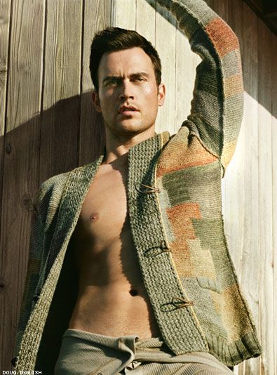 Cheyenne Jackson comes out