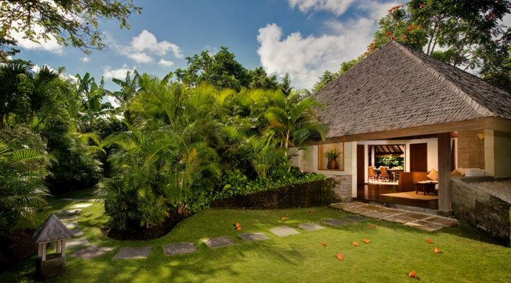 Villa Bali-Bali Cottage - Exterior from entrance