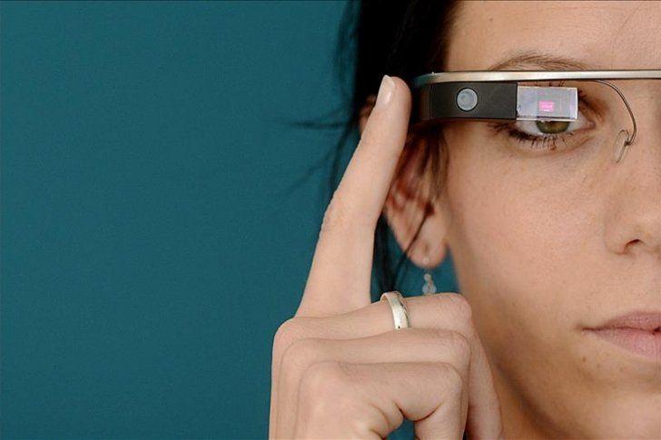 Google distribuye una nueva versión de sus gafas inteligentes entre empresas