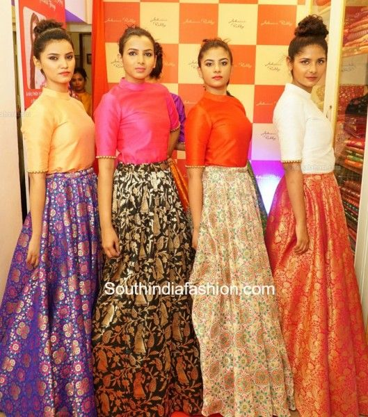 crop_tops_with_lehengas_ashwinireddy