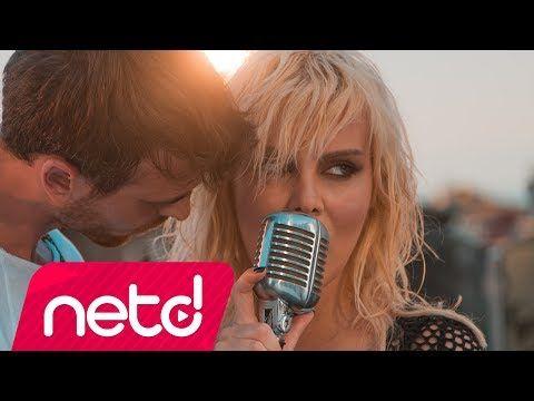 """Ömür Gedik'in yeni single çalışması """"Gece Hayvanı"""" isimli şarkısını dinlemek ve indirmek için sitemizi ziyaret edebilirsiniz..  #ÖmürGedik #Pop #Gece #Music #Müzik #Musiqi #Cepmüzikindir #Youtube #pop #rock"""