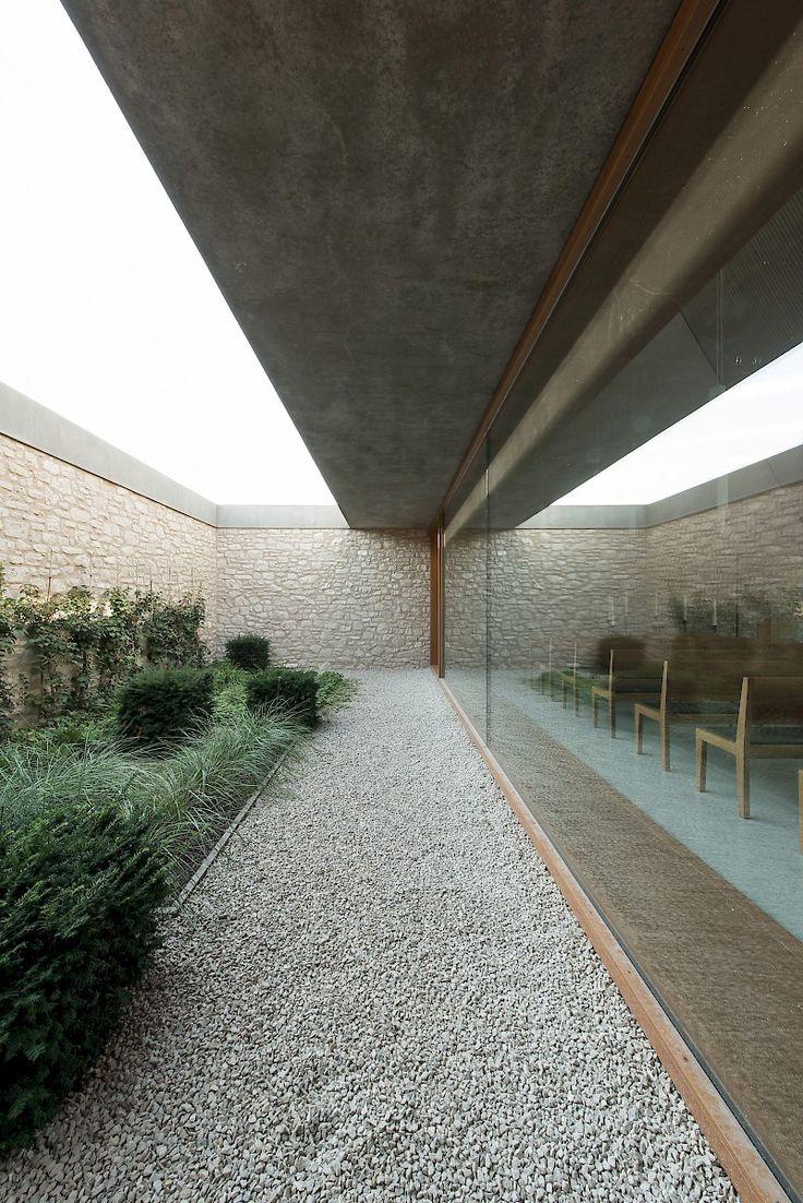 Bayer & Strobel Architekten | Aussegnungshalle Ing…