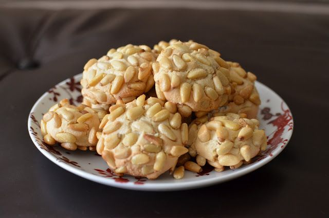 Playing with Flour: Pignoli cookies (Confectioner sugar only)