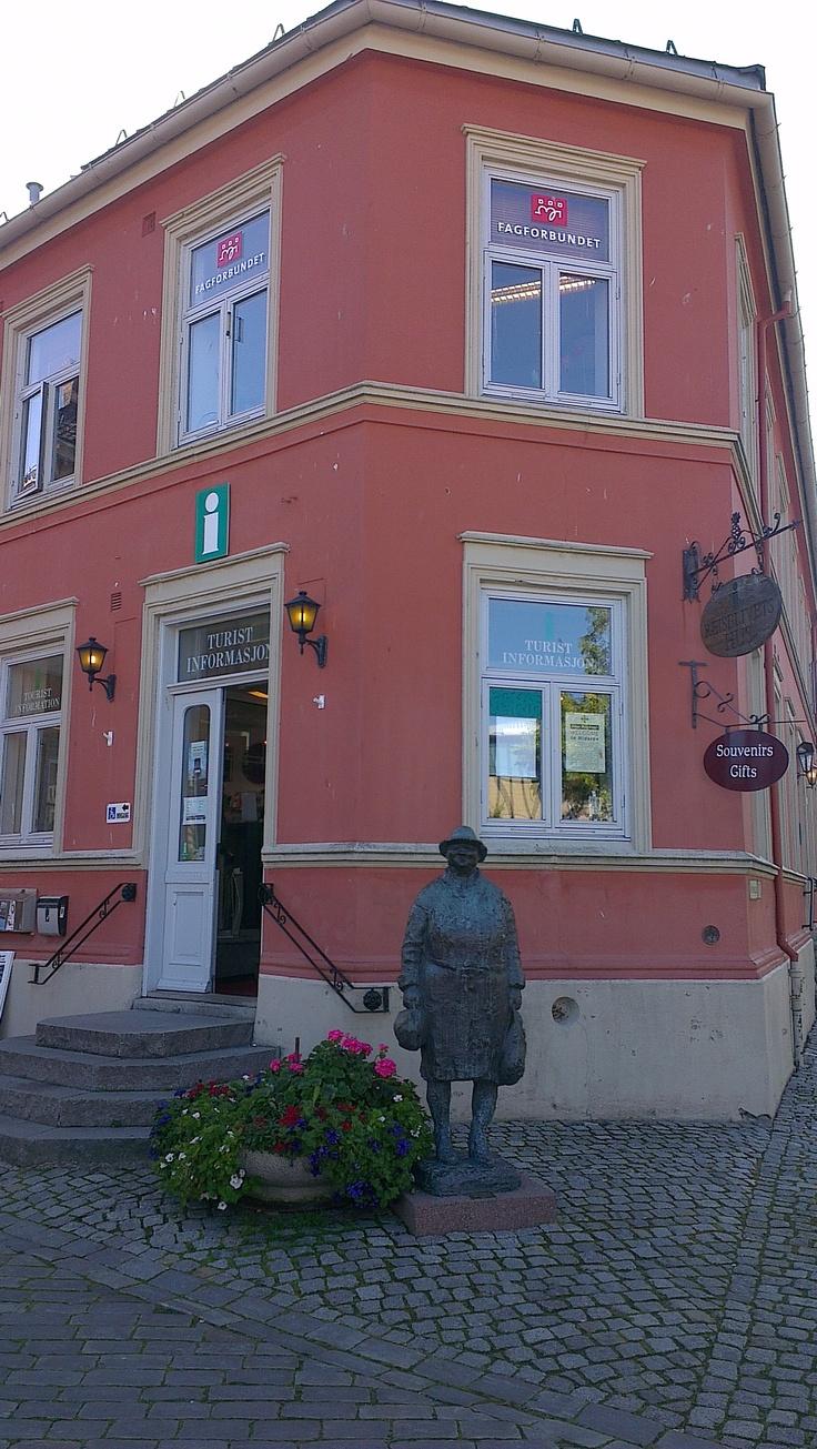 Tourist information. www.visittrondheim.no