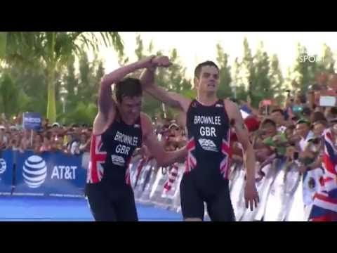Alistair Brownlee helping brother Jonny finish his triathlon sacrificing his chance of winning. - YouTube