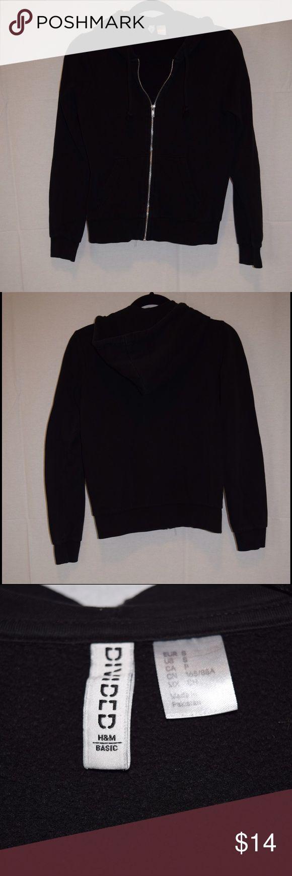 H&M basic Black zip up hoodie H&M basic Black zip up hoodie H&M Jackets & Coats