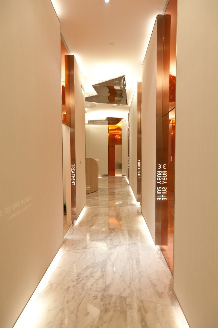 Hospital interior marie france shop by clifton leung for Interior design workshop