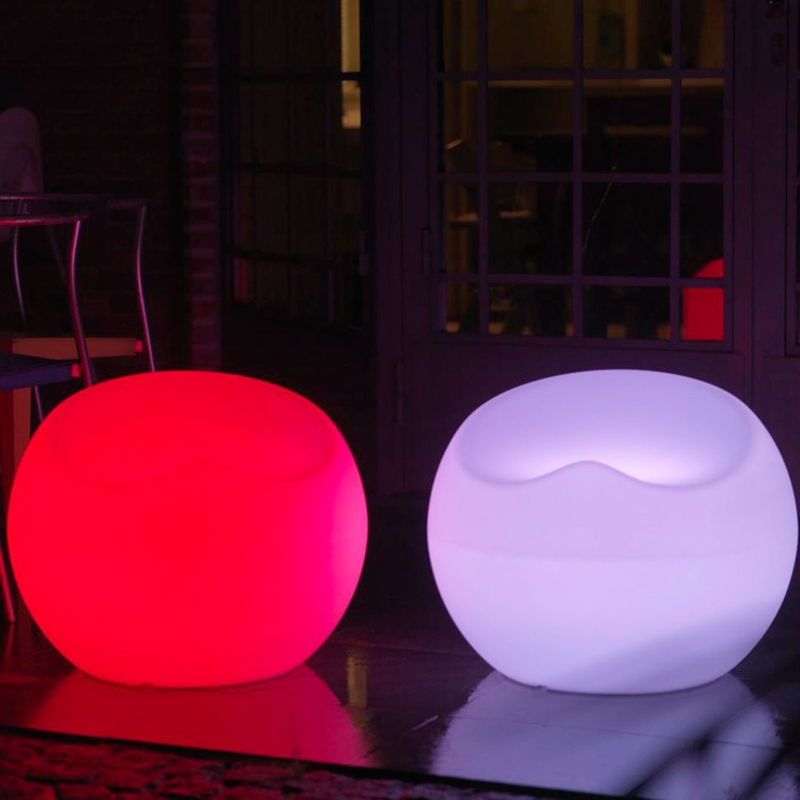 LED Seat - Guests will try to squash into the seat. Easy to adjust with 24 color schemes and 4 brightness levels. Fun for family gatherings or fun parties.