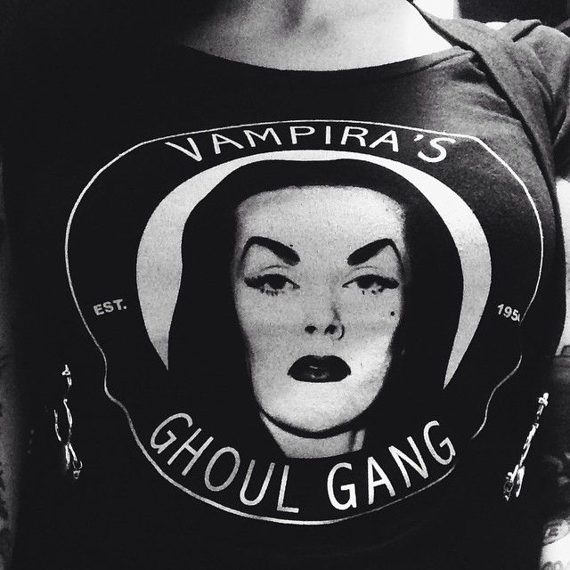 Those who are spooky together, stay together. #GhoulGang #Vampira