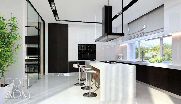 Черно-белые интерьеры кухни в загородном доме