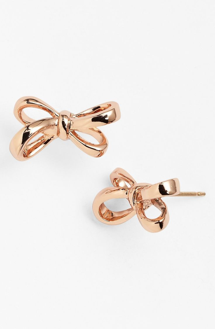 Crushing on these cute rose gold Kate Spade bow earrings.