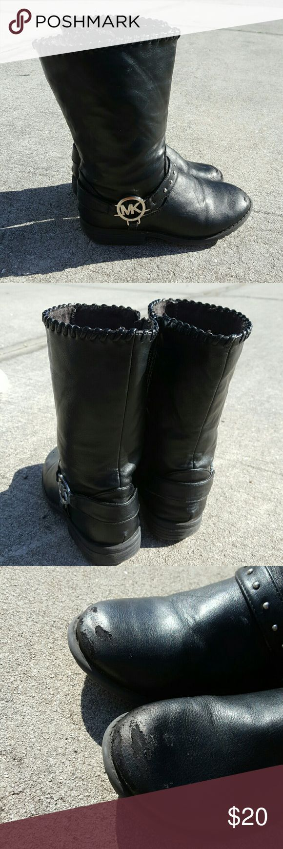 "Michael Kors children's moto boots These are pre-loved priced accordingly they have some scuffing which I went over it with black shoe polish.  They are ""LA CAR LITA"" STYLE  SIZE US12 MICHAEL Michael Kors Shoes Boots"
