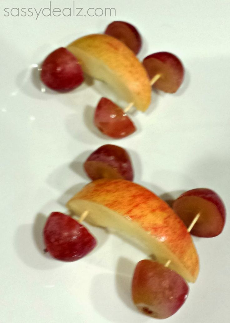 Cute Snack For Kids - Apple and grape car snacks for kids