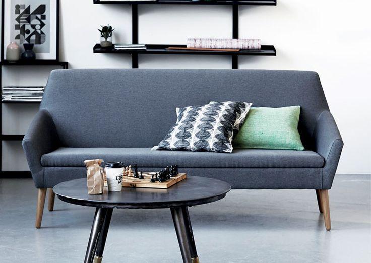Canapé 3 places gris pied bois scandinave les esthètes