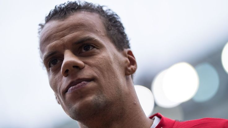 Timothy Chandler resumes Eintracht Frankfurt training