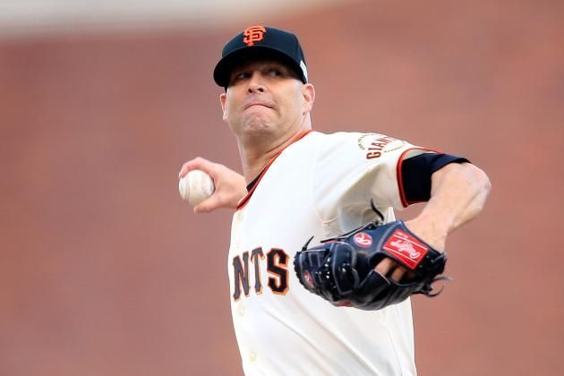 Tim Hudson's 1st World Series Ring of 16-Year Career Rests on His Own Shoulder