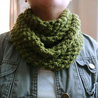 Budding Infinity Scarf Pattern Purl Avenue - unusual stich used on this cowl