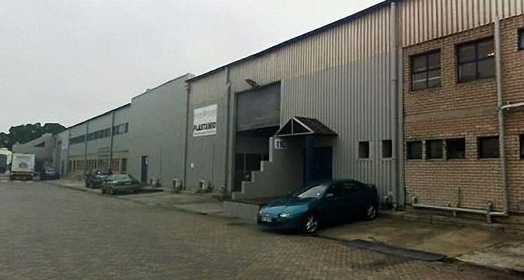 Unitraco leases Industrial Central Park - http://gdpindustrialproperty.co.za/unitraco-leases-industrial-central-park/