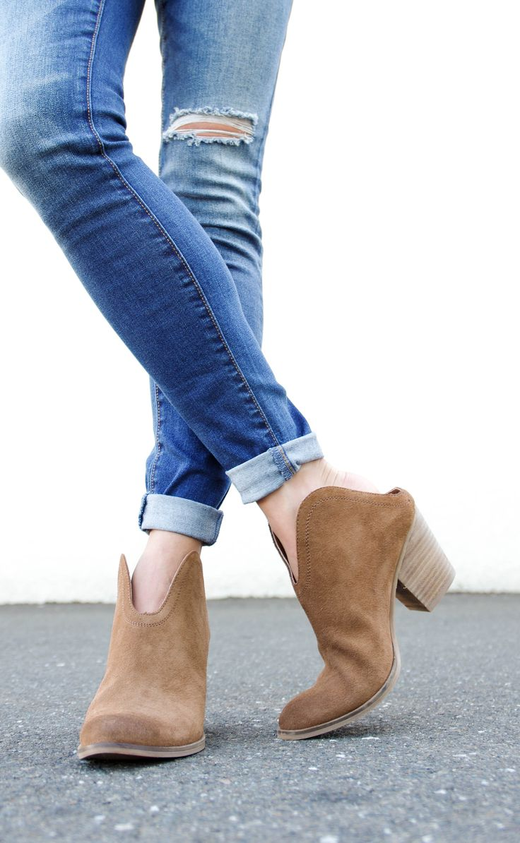 fall has arrived which means new western booties