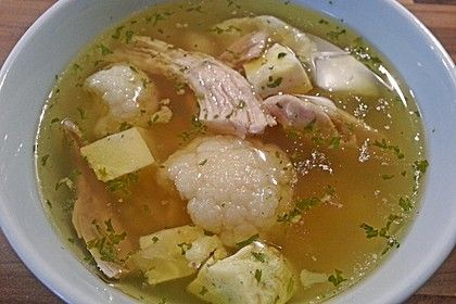 Hühnersuppe im Schnellkochtopf, ein tolles Rezept aus der Kategorie Klare. Bewertungen: 4. Durchschnitt: Ø 3,5.