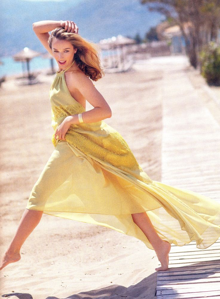 Η Κάτια Ζυγούλη φωτογραφήθηκε για το εξώφυλλο του περιοδικού ΟΚ! με κοσμήματα Li-LA-LO