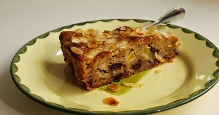 """Dieses Rezept kommt euch sicher bekannt vor. Es ist eine Abwandlung des Veganen Apfelkuchens  aus """"La Veganista backt"""". Der war nämlich so ..."""