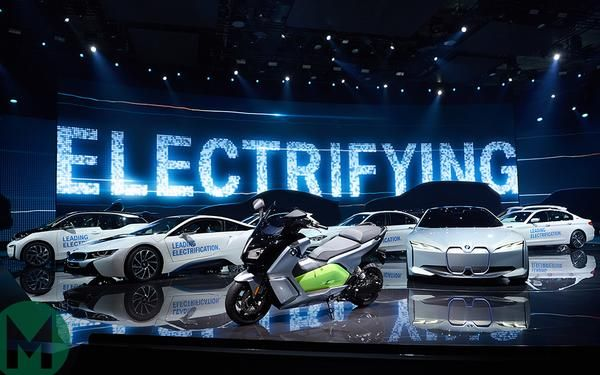 """Big Auto's Latest Bait & Switch Hustle Is """"Electrified"""" Vs Fully Electric Cars"""