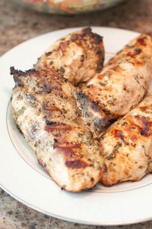 Looking for an easy dinner? Look no further, this is a super easy Mediterranean Grilled Chicken, perfect for a weeknight meal!
