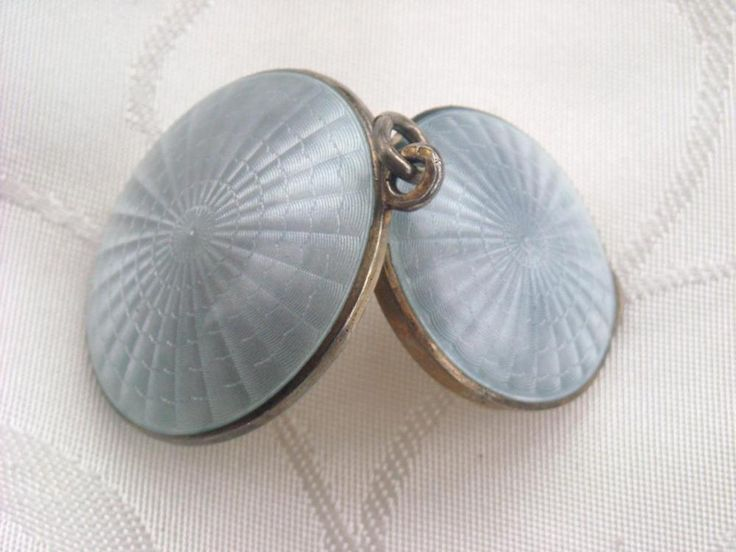ANTIQUE DOUBLE SIDED STG SILVER GUILLOCHE ENAMEL PENDANT POWDER COMPACT