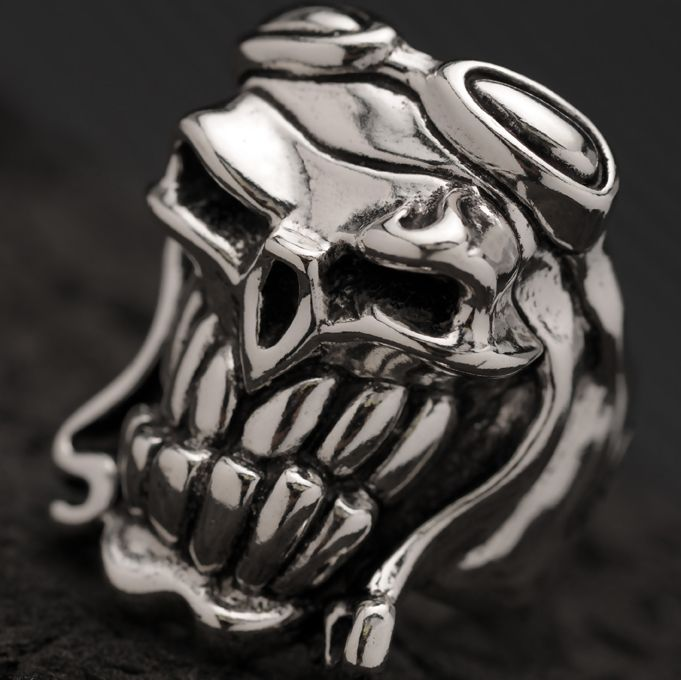 Sterling Silver ring by Starlingear